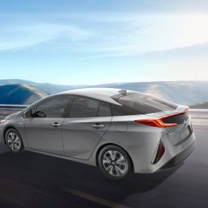2017 Prius Prime 6 - Press Shot