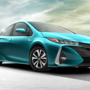 2017 Prius Prime 2 - Press Shot