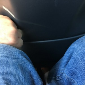 Knee clearance with seat in rear position 1