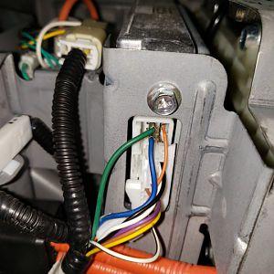 Hybrid ecu plug
