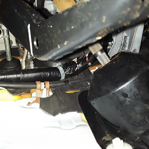 Prius 2007 water leak from driver side problems