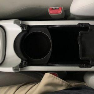 Prius-2010-center-console