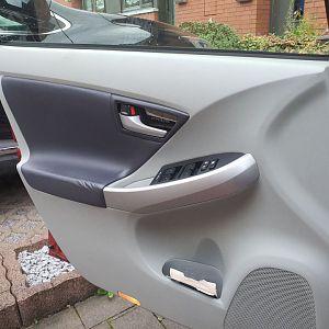 Door trim with wish door handle, silver, mirror-like