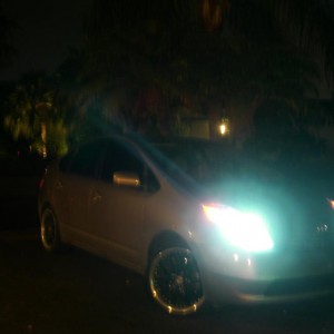 Prius on 18'' and 8k Hid's