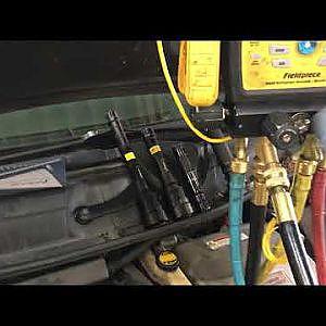 AC electronic refrigerant leak detector